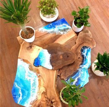 Wooden slabs with ocean waves